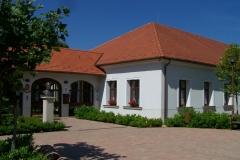 Városháza-Szigetfő-u.